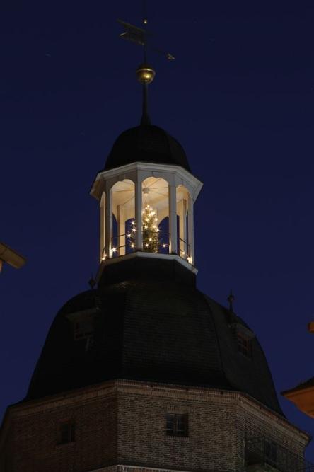 Eilenburg - Nikolaikirche mit Weihnachtsbaum