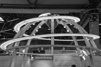 Buchmesse in Leipzig - Am Stand des Bundestages