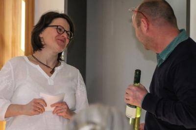 Sonntagsschule in Eilenburg - Museumsleiter A. Flegel dankt Heilpraktikerin A. Gredig für 70 Minuten Zeitreise in Hahnemanns Zeit.