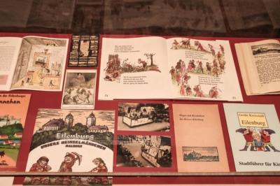 Die Sonderausstellung um die Heinzelmännchensage aus Eilenburg spannt auch den Bogen zwischen Kitsch, Kunst und Tradition