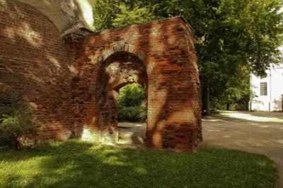 Kloster Altzella in Nossen - Reste Backsteinmauer