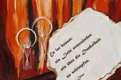 Bilder und der Hände Kunst in der Kunstausstellung zum Tag der offenen Tür in der AWO Werkstatt in Eilenburg