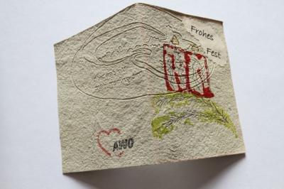 Weihnachtskarte aus handgeschöpftem Papier aus der AWO Werkstatt in Eilenburg
