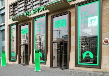 Berlin - Leipziger Platz beim Deutschen Spionagemuseum