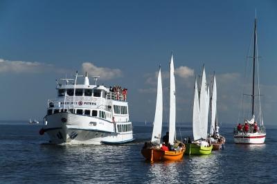 Kleinstadthafen Ueckermünde mit Schiff und Booten